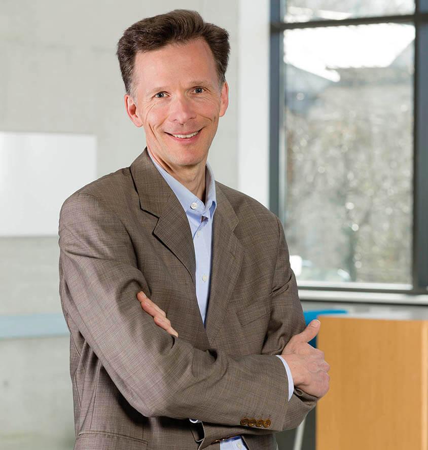 Robert Jacobsen Altruja